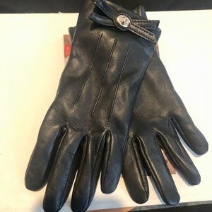 NWT COACH BLACK LEATHER GLOVES